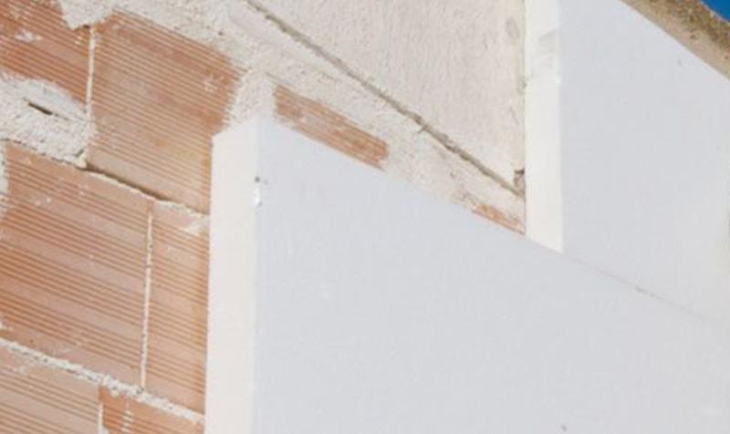 Isolamento térmico com capoto no Estoril