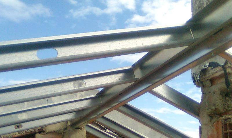 Construção de telhados em Sassoeiros